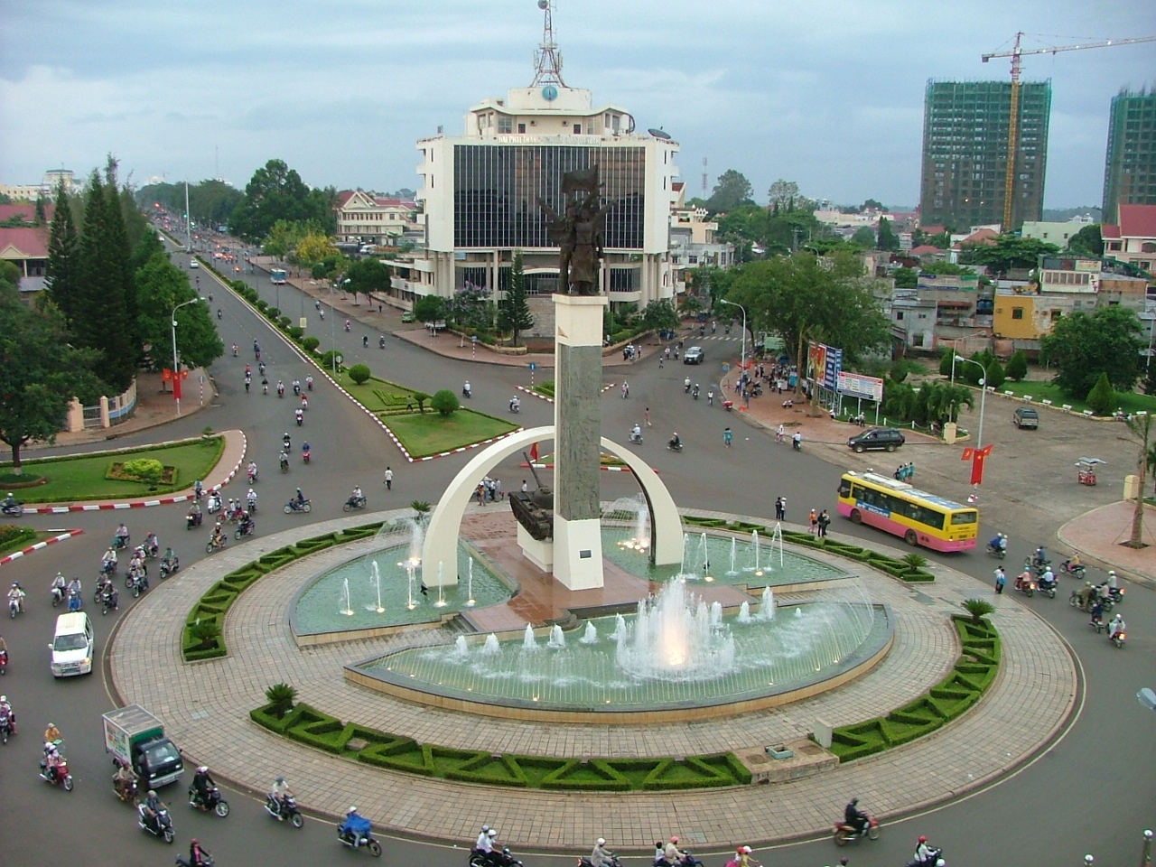 Beauty-of-Buon-Ma-Thuot-city
